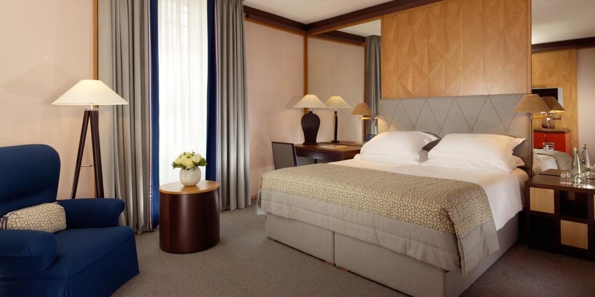 Executive-Room---Le-Richemond---HIGH-RES