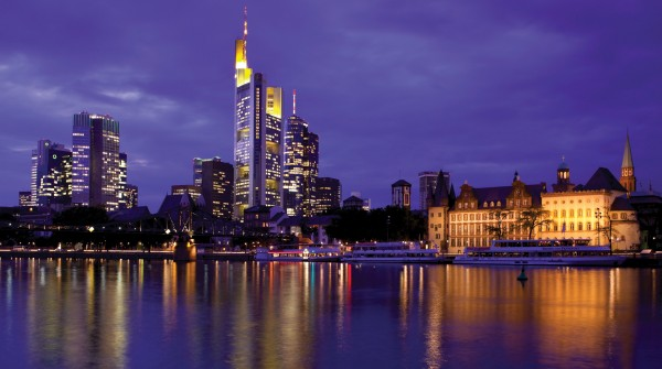 Villa-Kennedy-Frankfurt-Am-Main-Skyline-2582