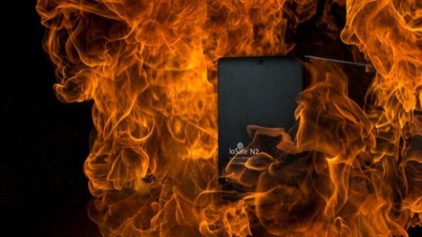 von-wong-setting-more-stuff-on-fire-bts-iosafe-hard-drive-photo-shoot