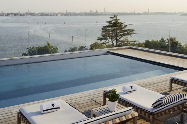 JW Marriott Venice - Rooftop Pool 2