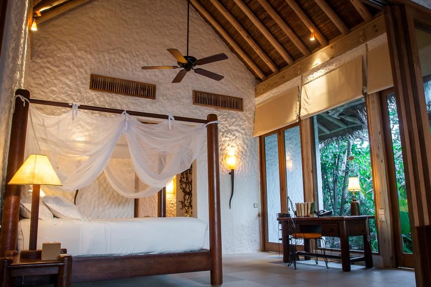 Soneva Fushi Family Villa Suite with Pool_Bedroom by Martin Whiteley