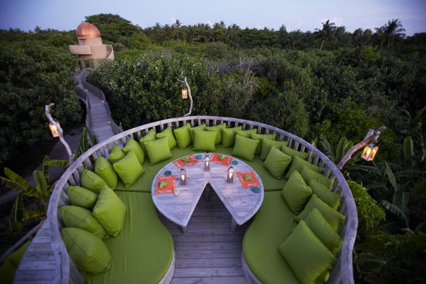 Soneva Fushi Star Table at Fresh in The Garden by Jörg Sundermann