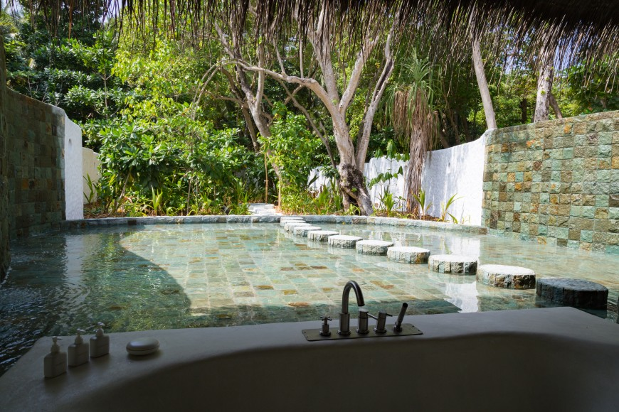 Soneva Fushi Villa Suite 3 Bedroom with Pool (V.5)_Outdoor Bathroom by Martin Whiteley