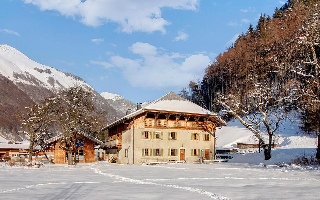 La+Ferme+Du+Lac+Vert+-+luxury+boutique+chalet+hotel+in+Morzine+French+Alps