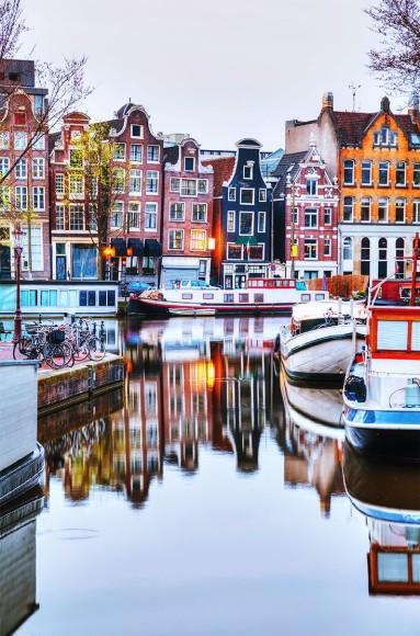 3db7700f68addc51a2f48fd45bfea2dc--visit-amsterdam-amsterdam-city