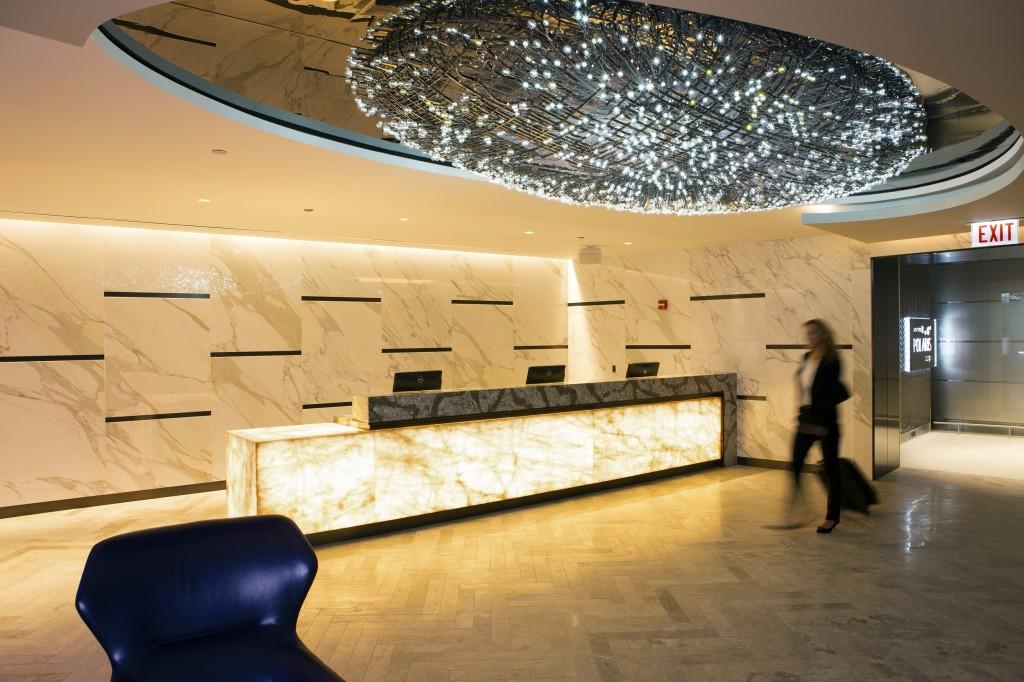 Polaris lounge 1
