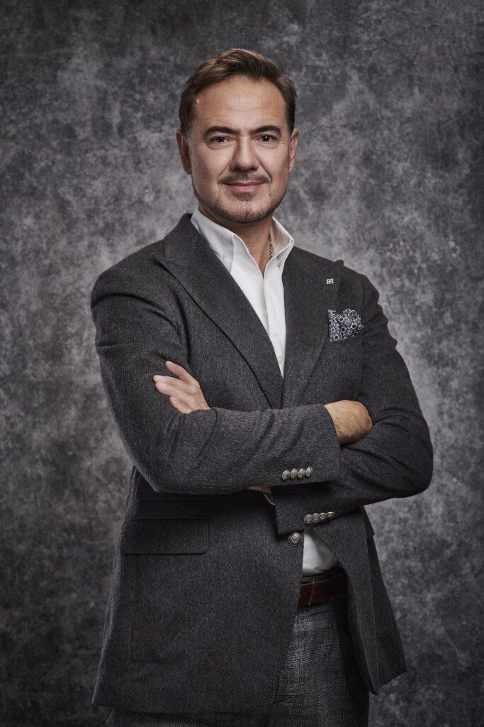 Dr Tunc Tiryaki